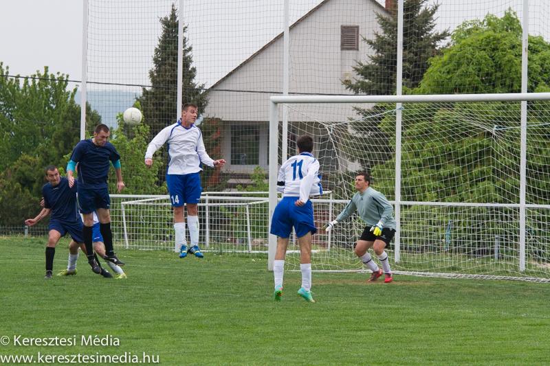 magyaralmas_sarkeresztes_megyeIII_foci